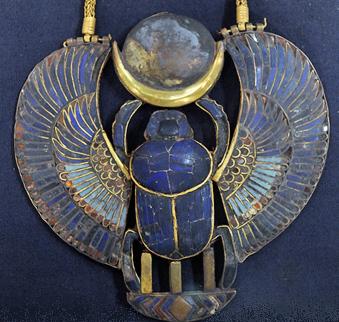 winged-scarab-lunar-pendant-2